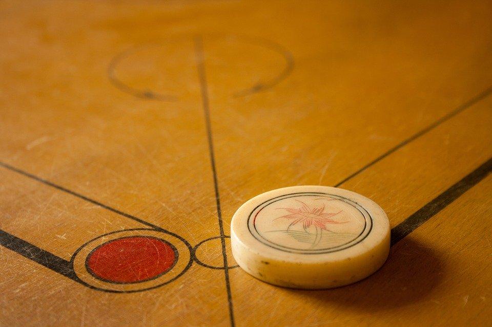 Carrom Games Board   photo on Pixabay 960x639