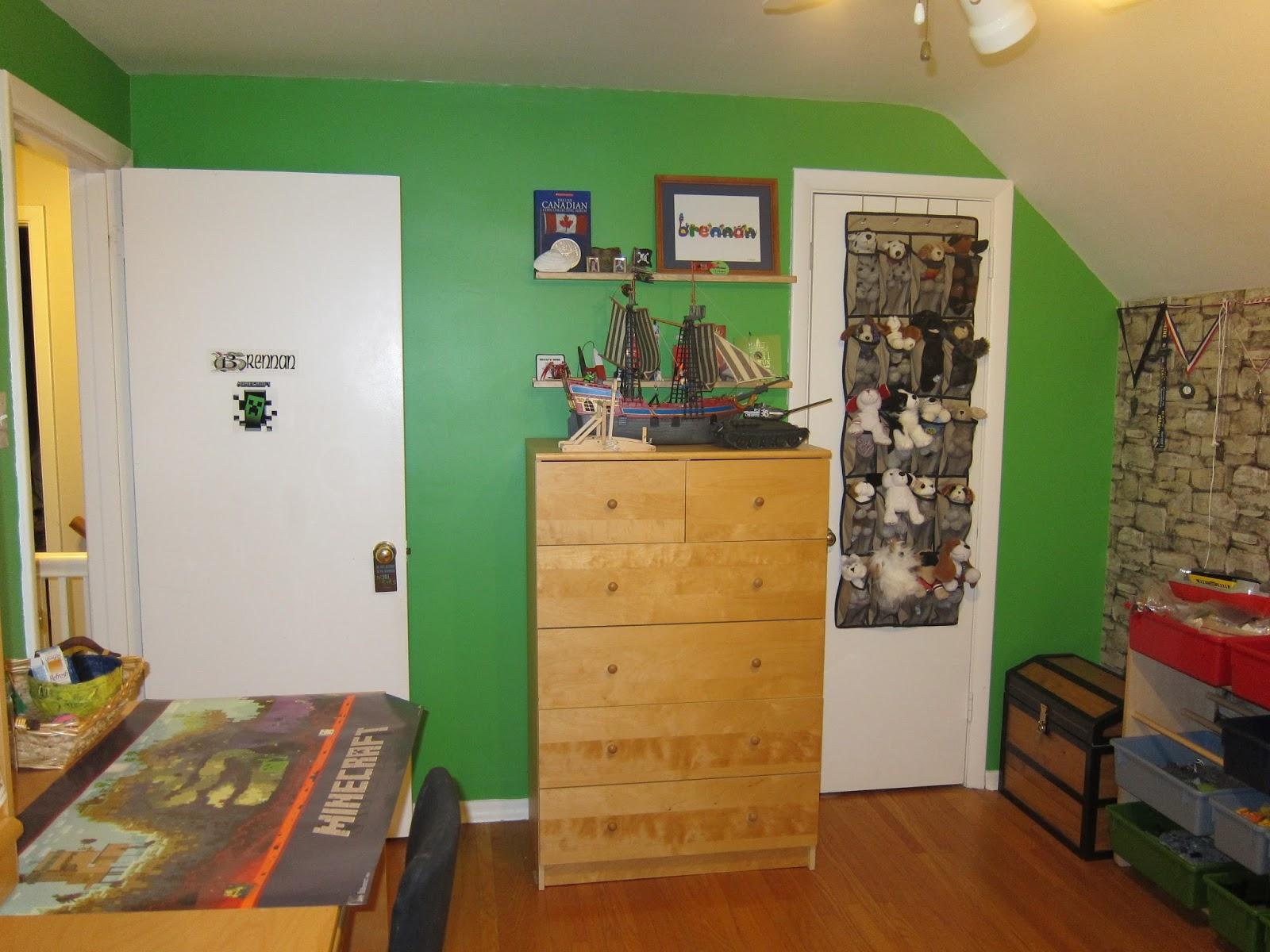 Minecraft Bedroom Wallpaper Brennans minecraft bedroom 1600x1200