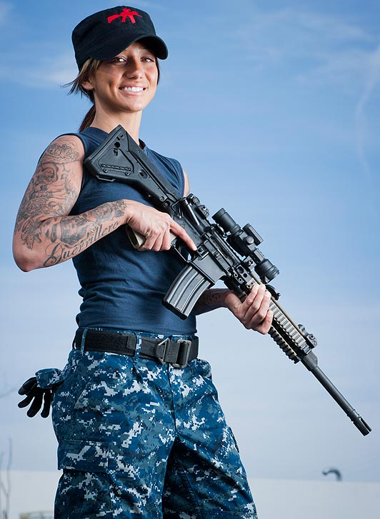 the 'bad ass chick' who taught Rihanna to shoot in ...
