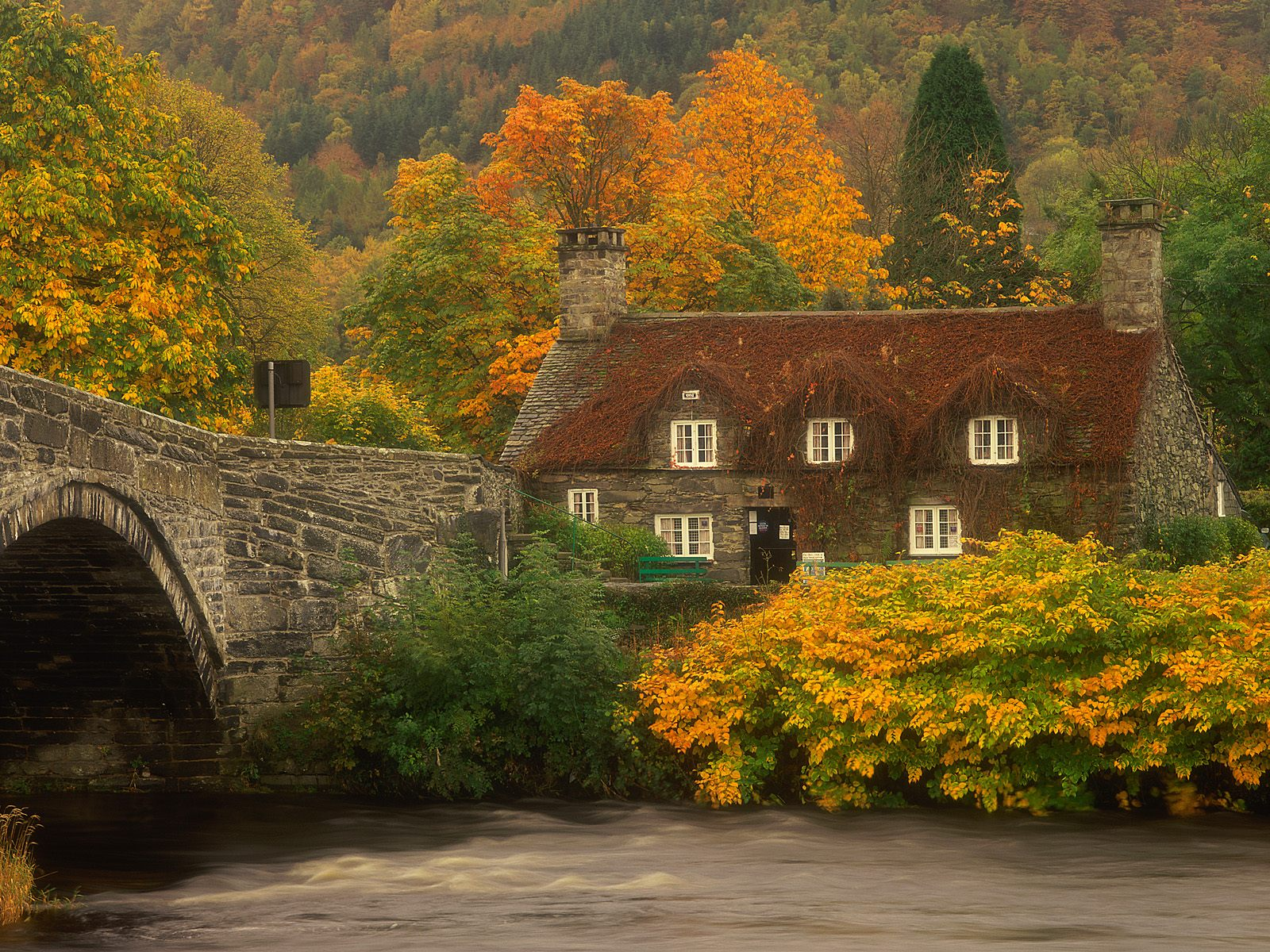 Download Llanrwst Wales Wallpapers Pictures Photos and Backgrounds 1600x1200