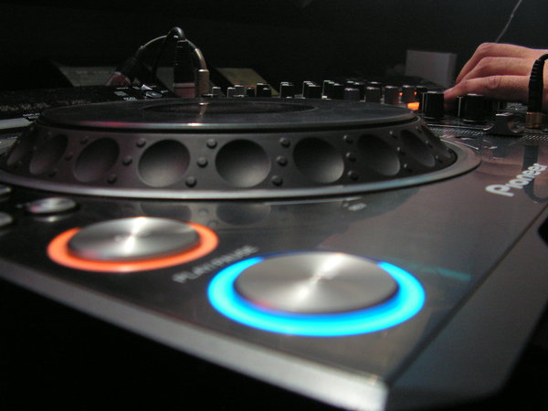 Another Pioneer DJ Set by madgertje 600x450