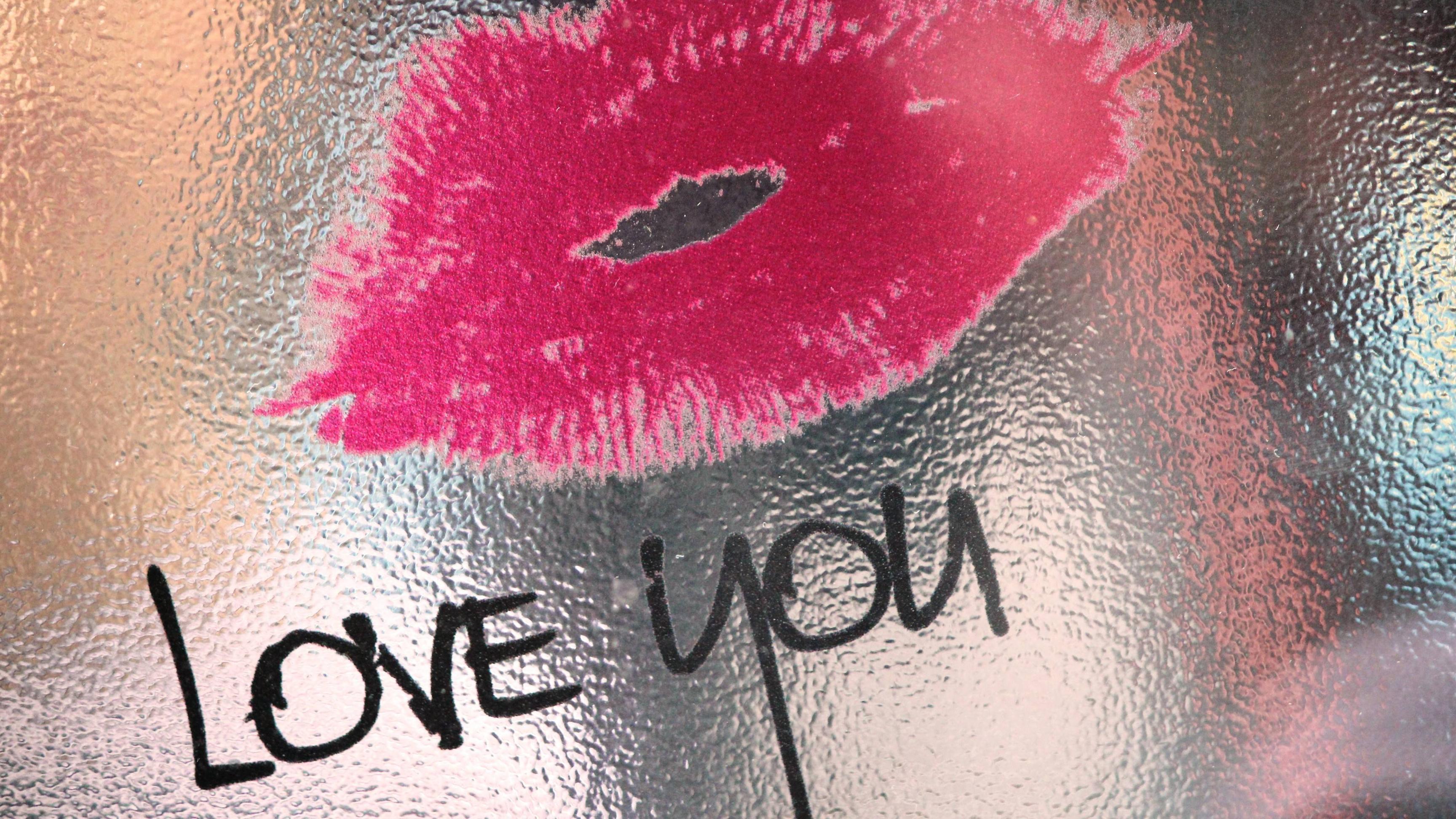 Kissing Wallpapers HD 3456x1944