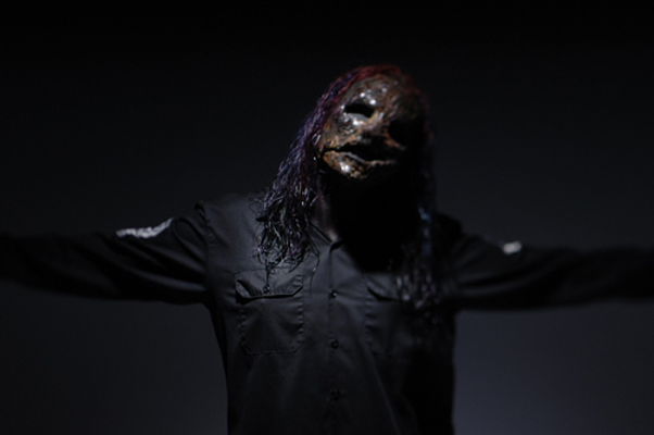 Related Pictures corey taylor slipknot wallpaper click to view 602x400