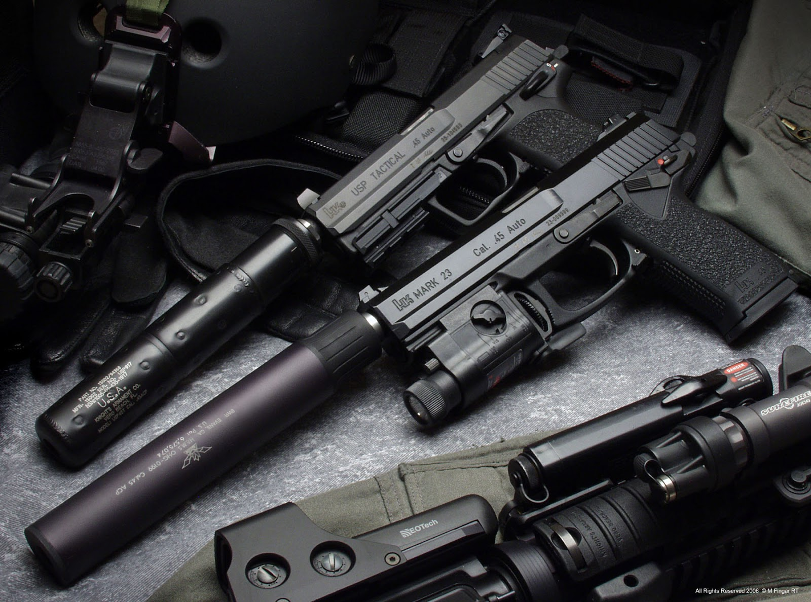 Guns Weapons Cool Guns Wallpapers 3 1600x1188