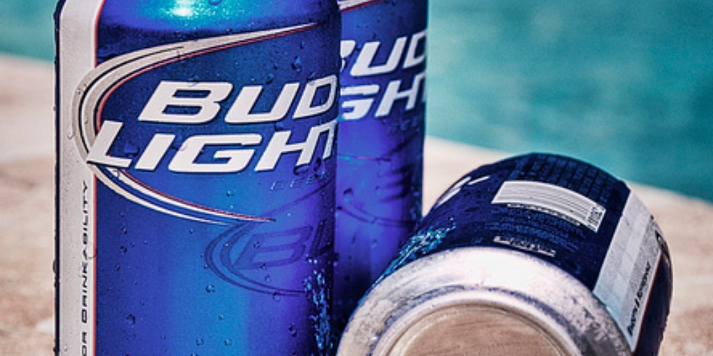 Bud Light turns to Facebook to find Super Bowl correspondent 1024x512