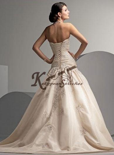 buy wedding dresses online canada   images   dressesphotoscom 389x529
