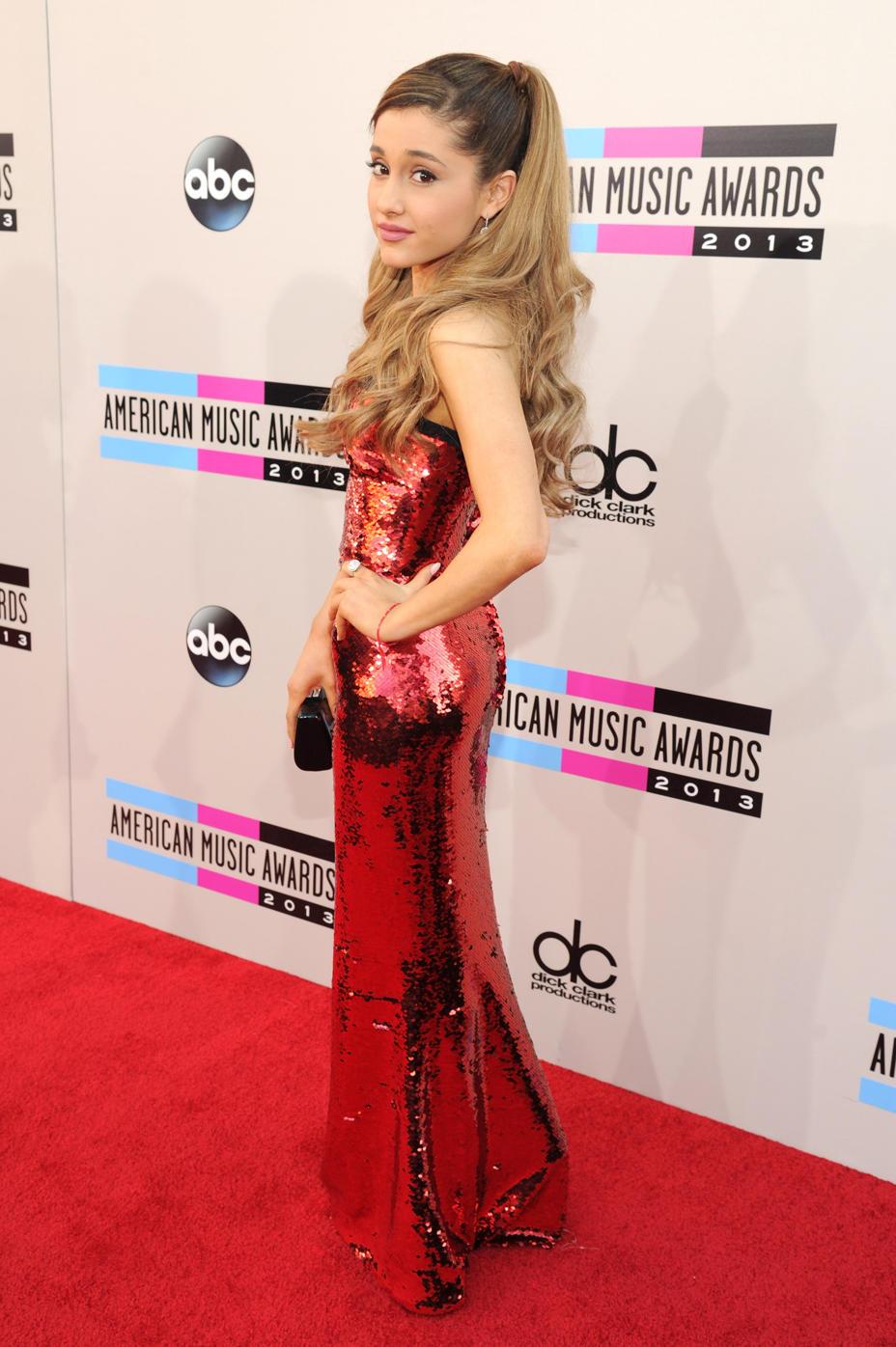 American Music AwardsGallery Ariana Grande Wiki FANDOM 928x1396