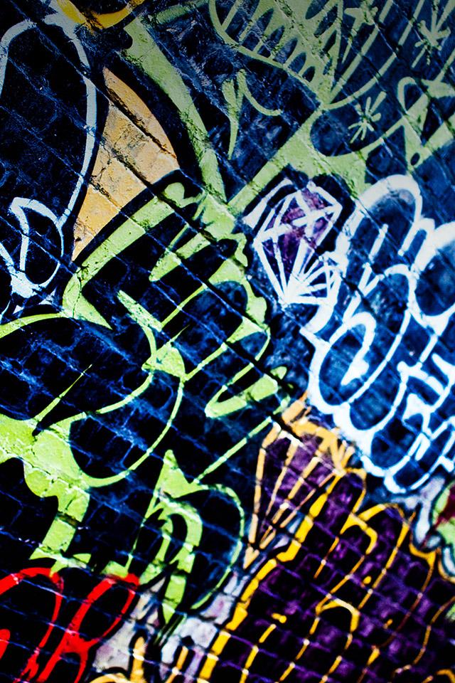 68 Graffiti Apple Wallpaper On Wallpapersafari