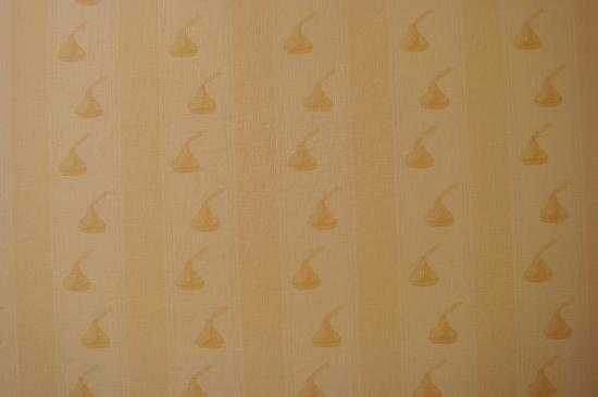 Hershey Kisses Wallpaper Hershey kiss wallpaper 550x366