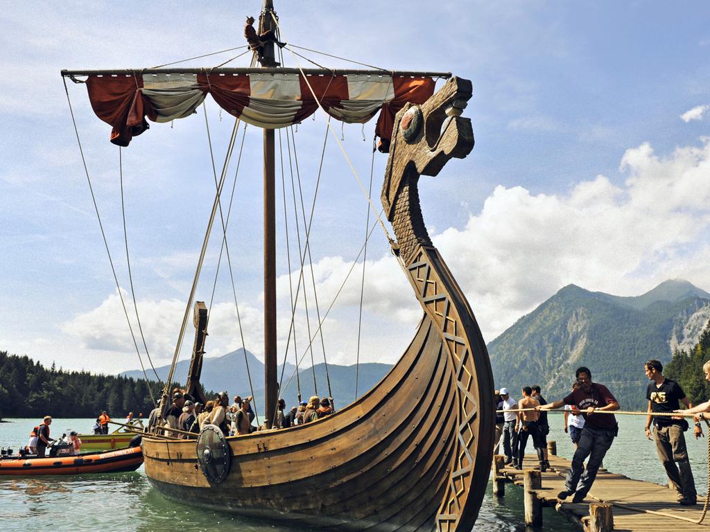viking ship Fantasy Viking Ships Pinterest 1024x768