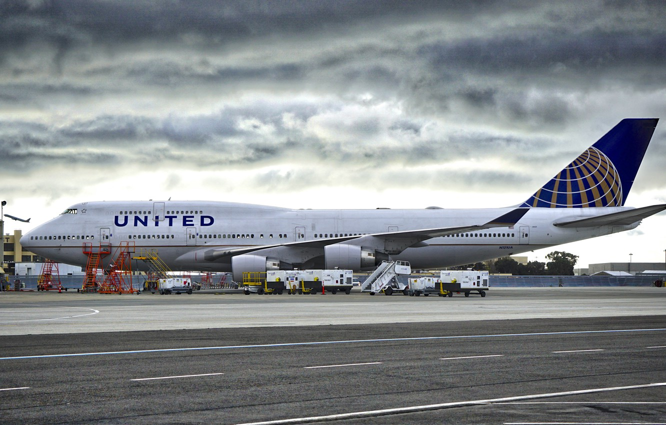 Photo Wallpaper The Sky Airport Boeing The Rise   A321 1332x850