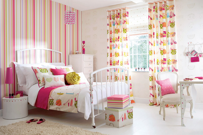 wallpaper for girls room everything in these rooms 681x454