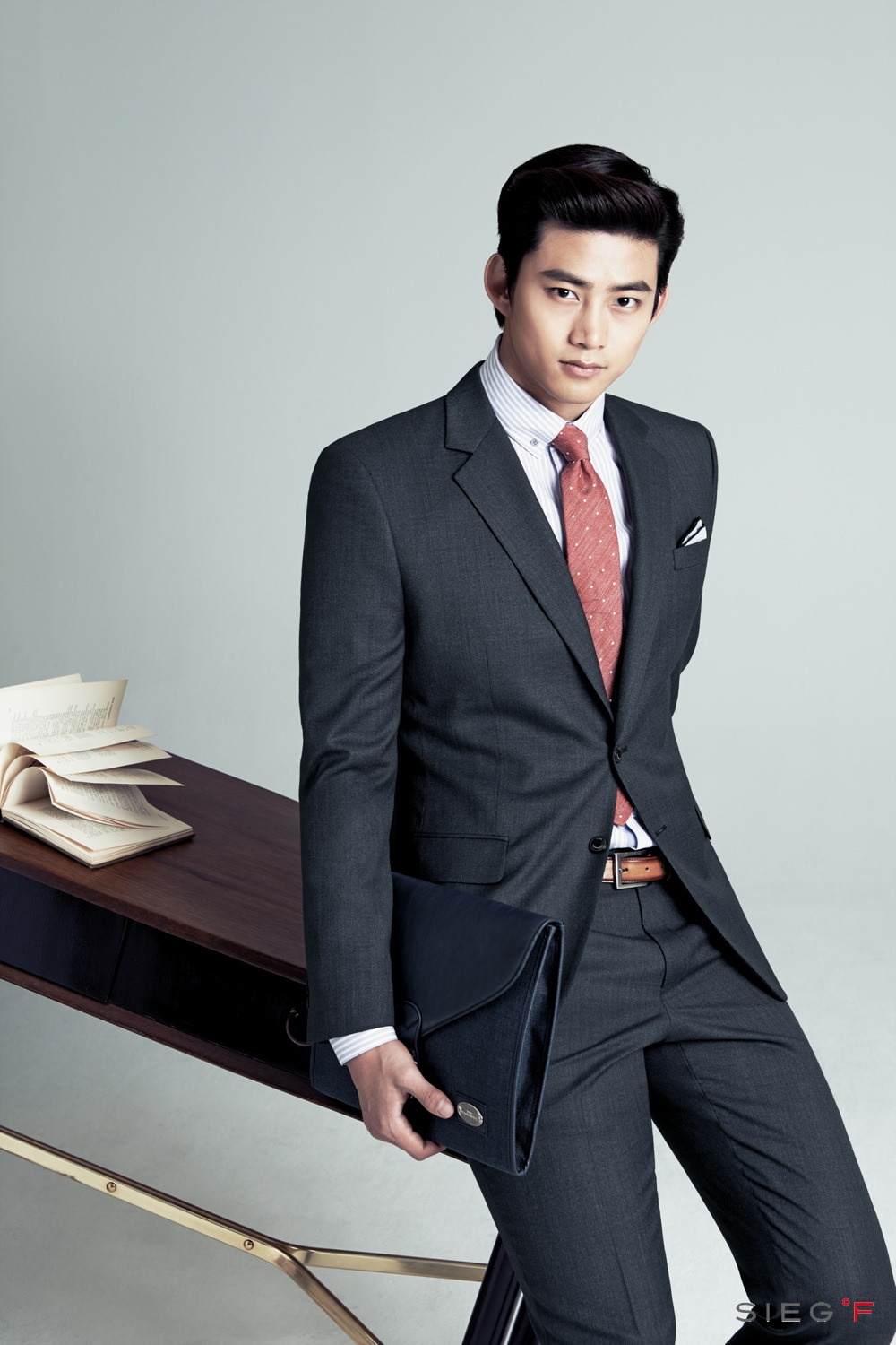 Ok Taecyeon AndroidiPhone Wallpaper 27164   Asiachan KPOP Image 1000x1500