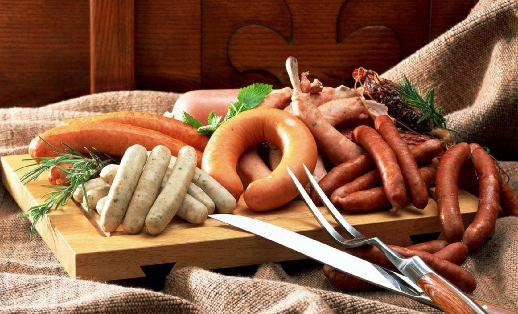 Image Vienna sausage Food Meat products 1680x1020
