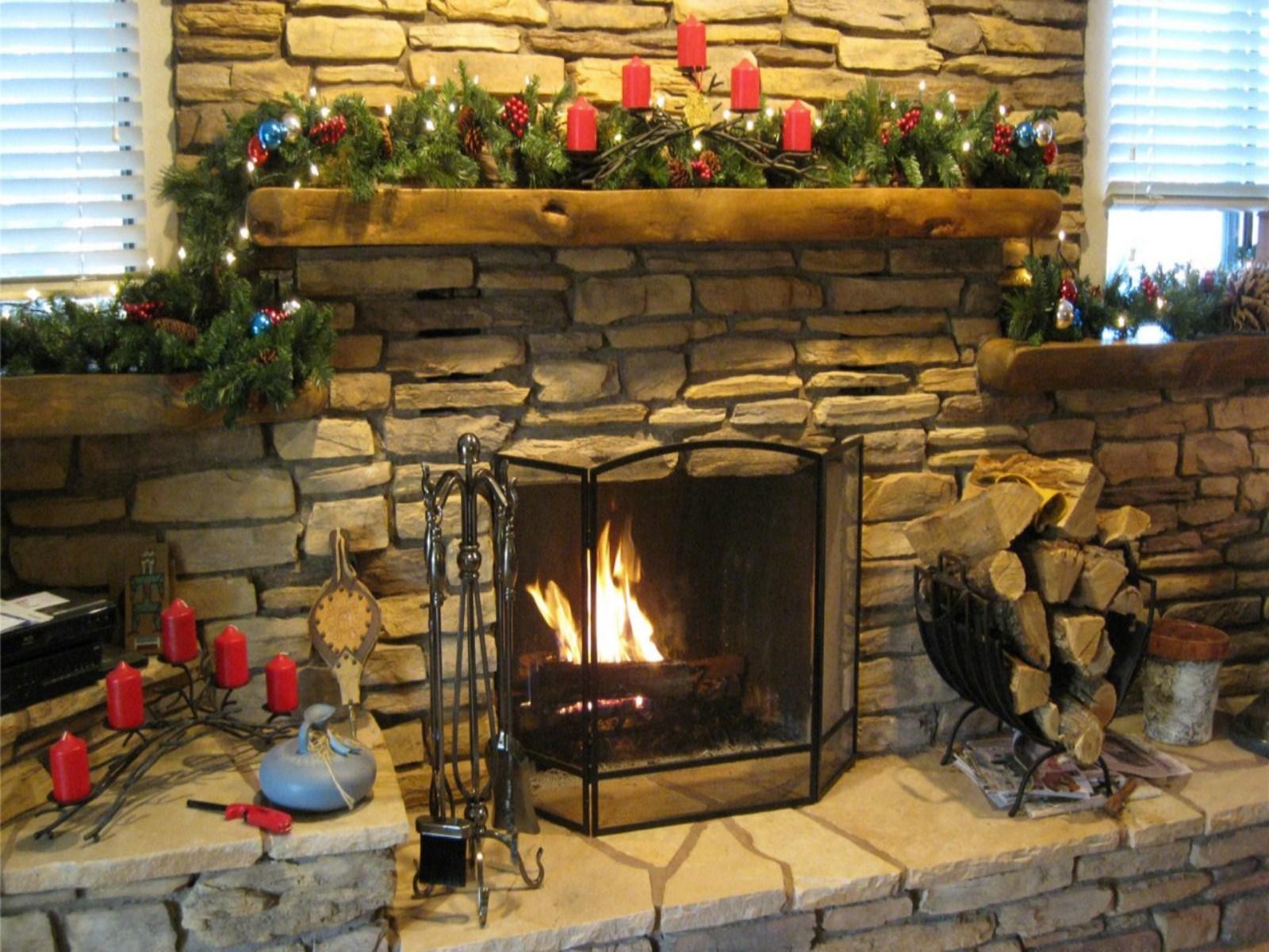 Christmas Fireplace Background 1600x1200