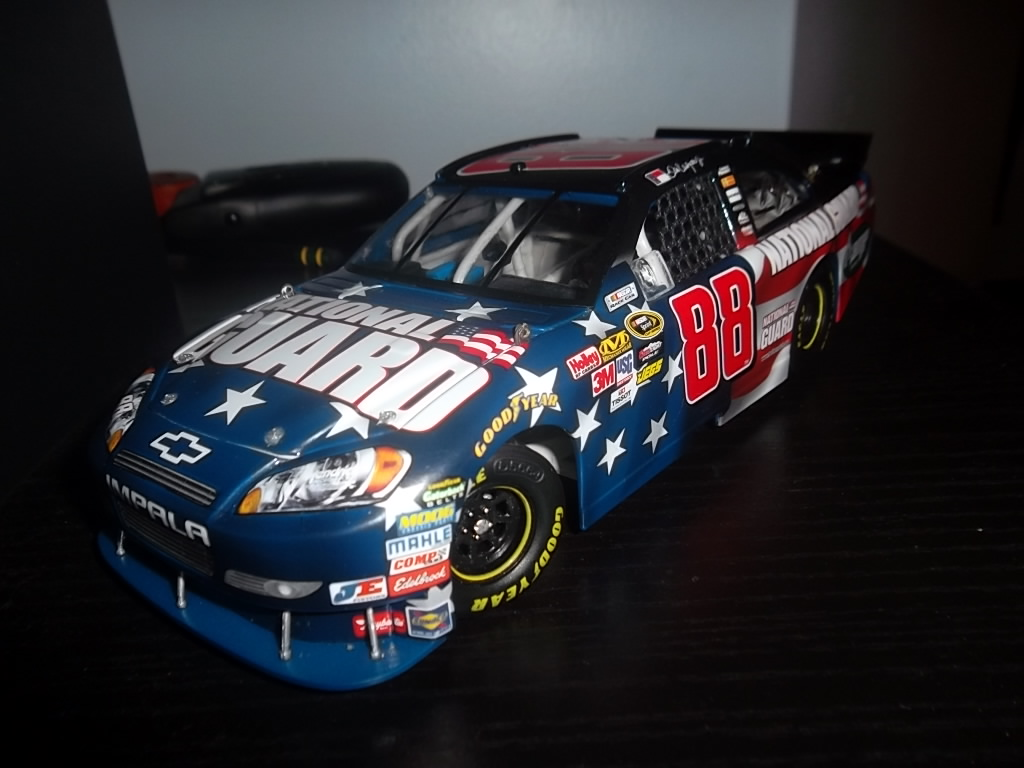 Dale Earnhardt Jr 88 National Guard Chevy Impala by GM Goodwrench on 1024x768
