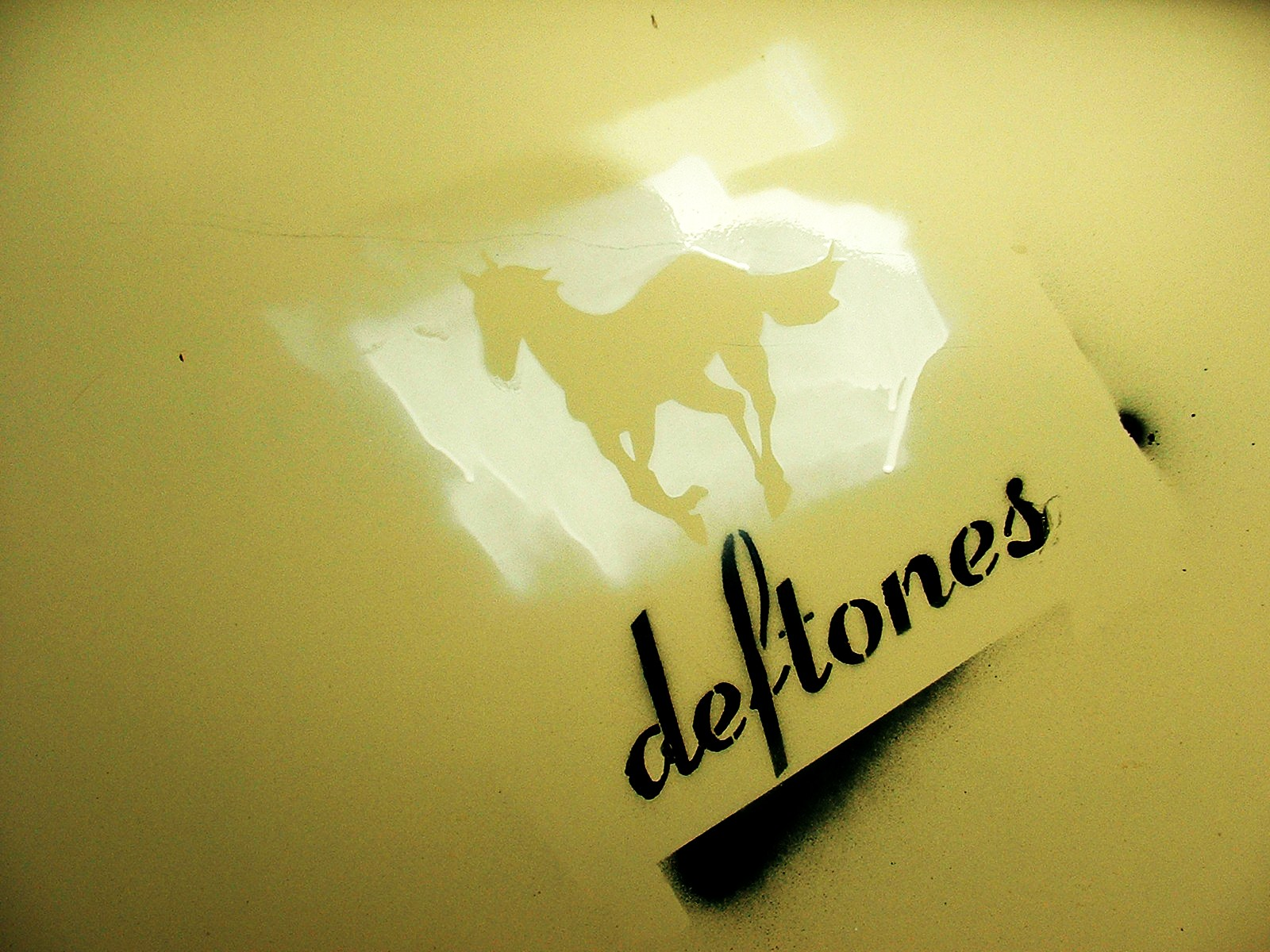 Deftones Stencil Desktop by billbaxter06 1600x1200