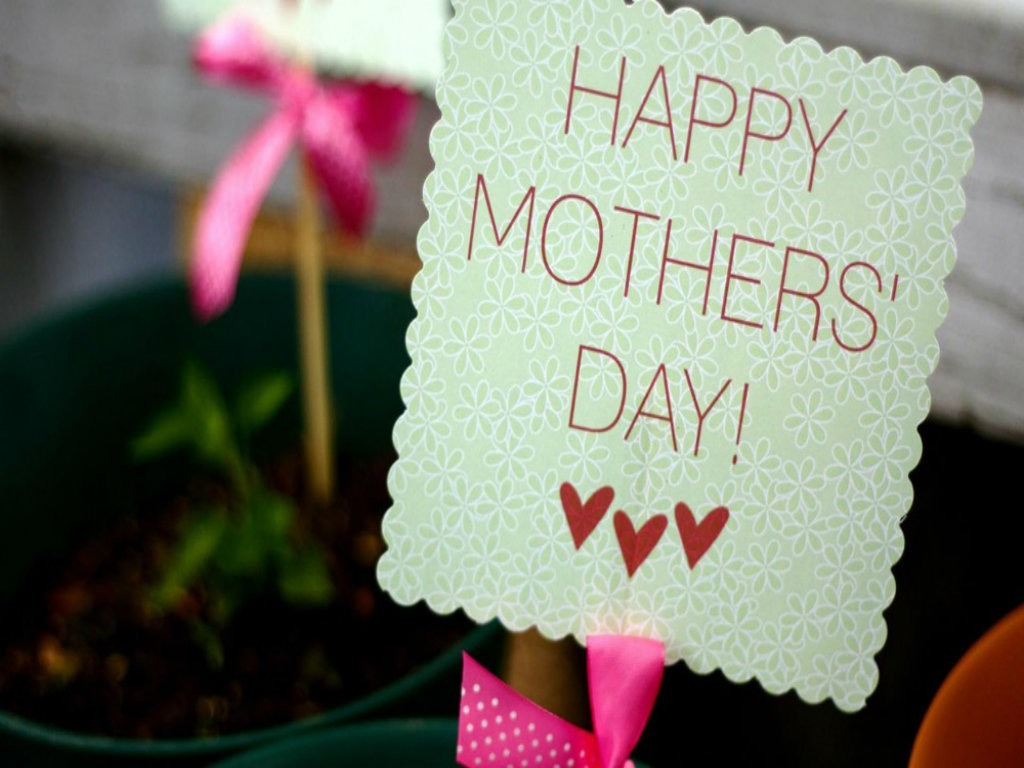Mothers Day Wallpapers Pictures One HD Wallpaper 1024x768