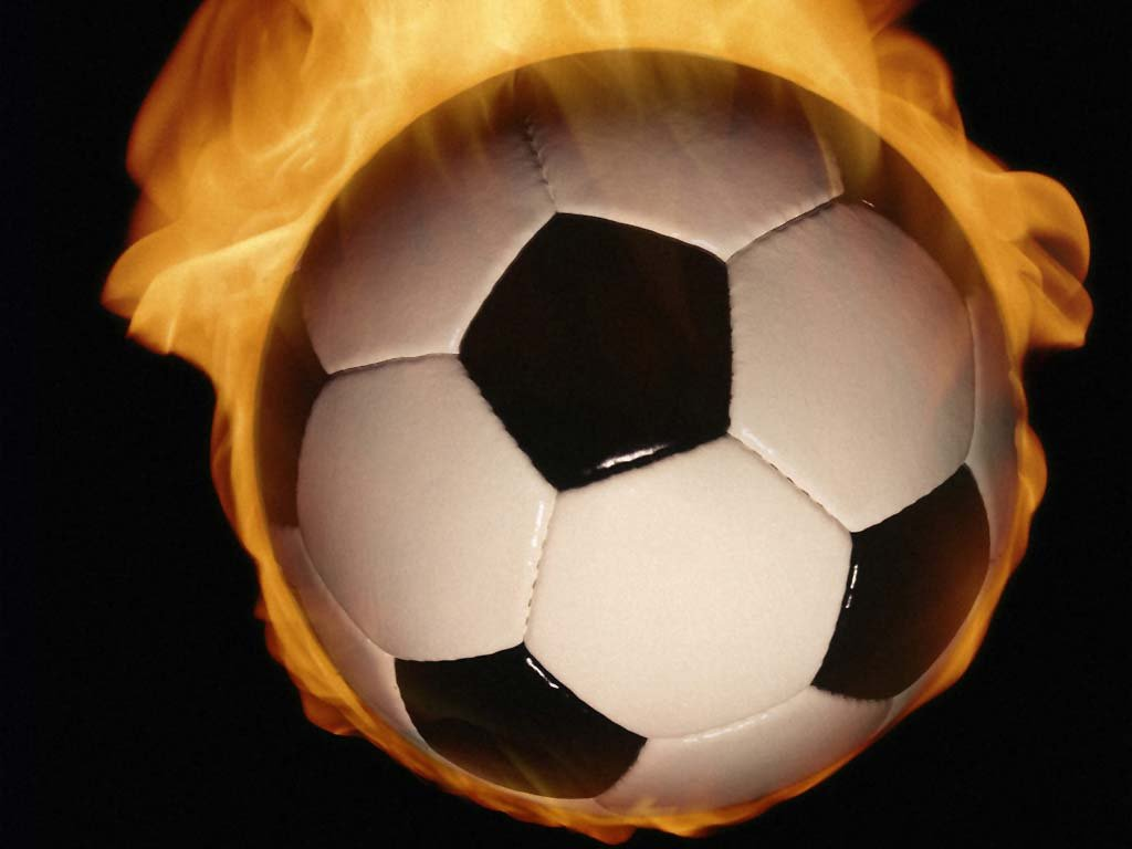 Wallpaper Soccer Ball Wallpapers Soccer Ball Pictures Soccer Ball 1024x768
