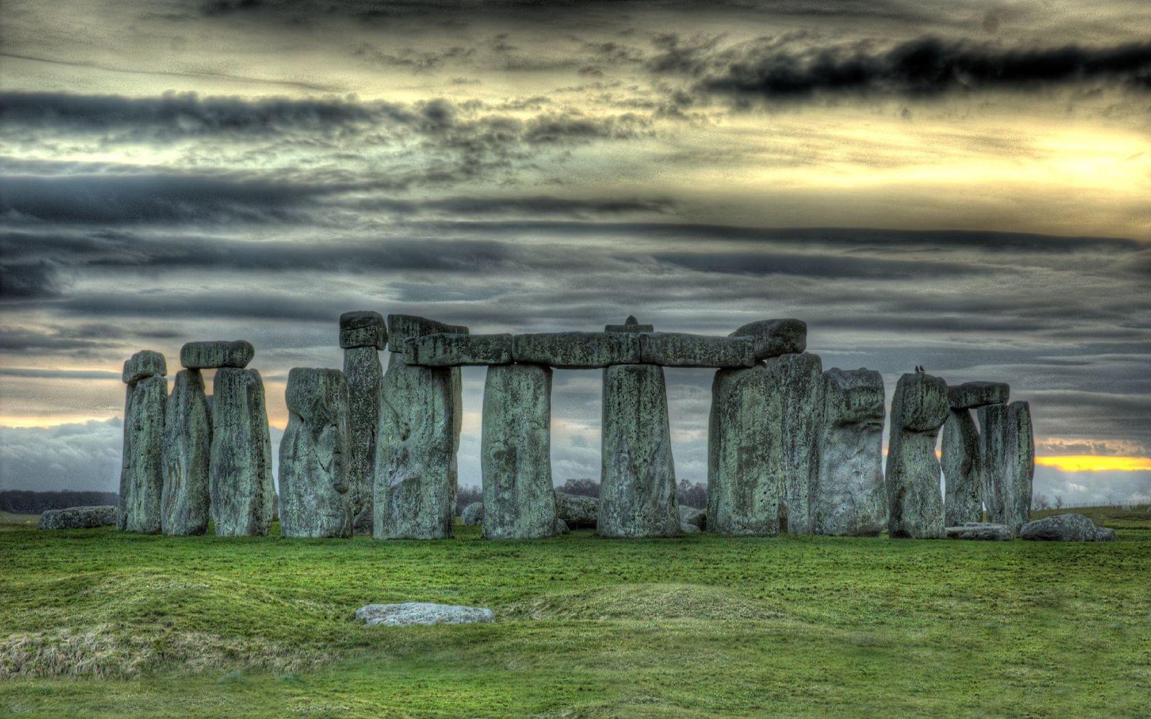 Famous Rock Group, Stonehenge, Wiltshire, England  № 715559 загрузить