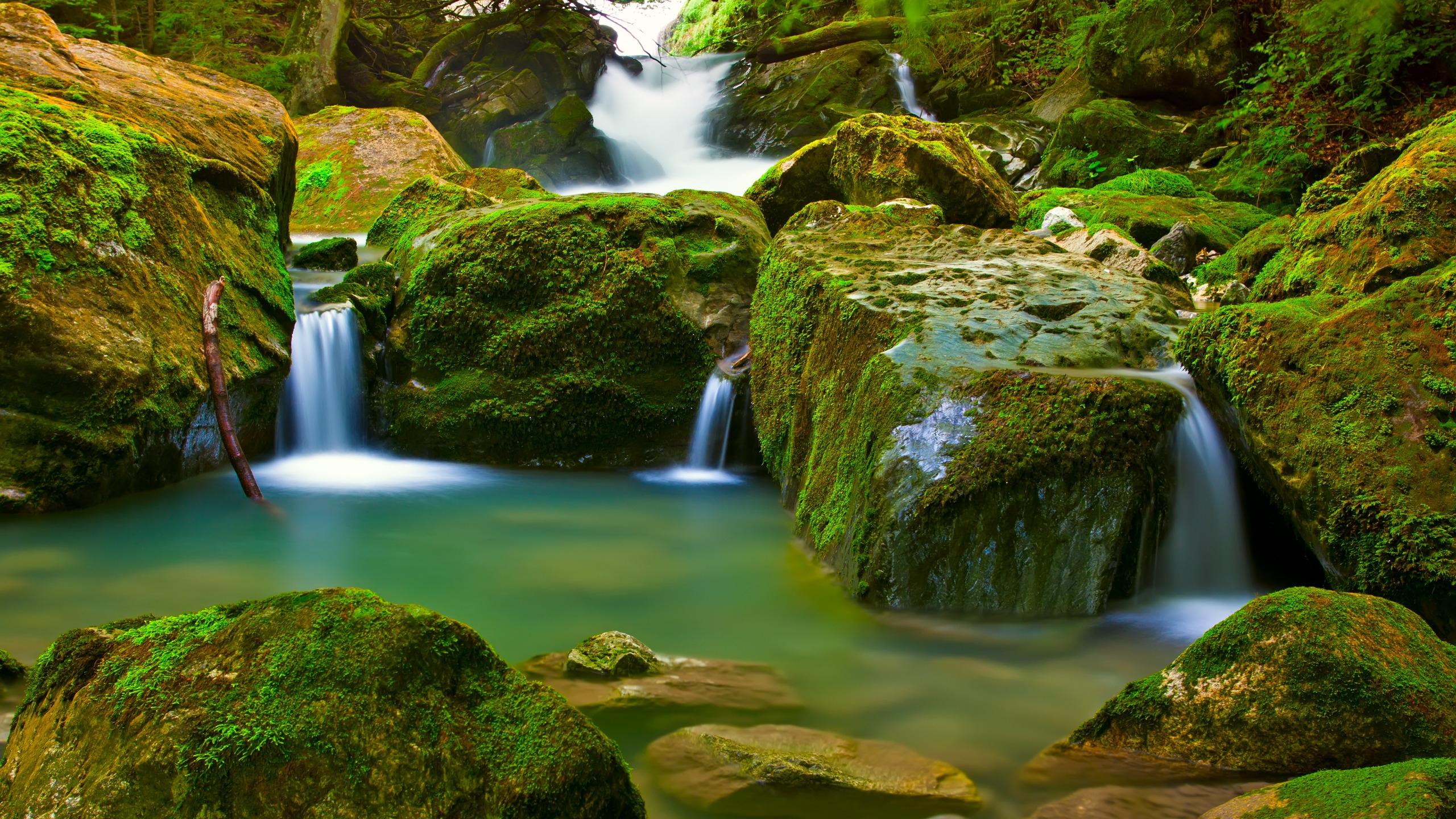 2560x1440 Waterfall desktop PC and Mac wallpaper 2560x1440