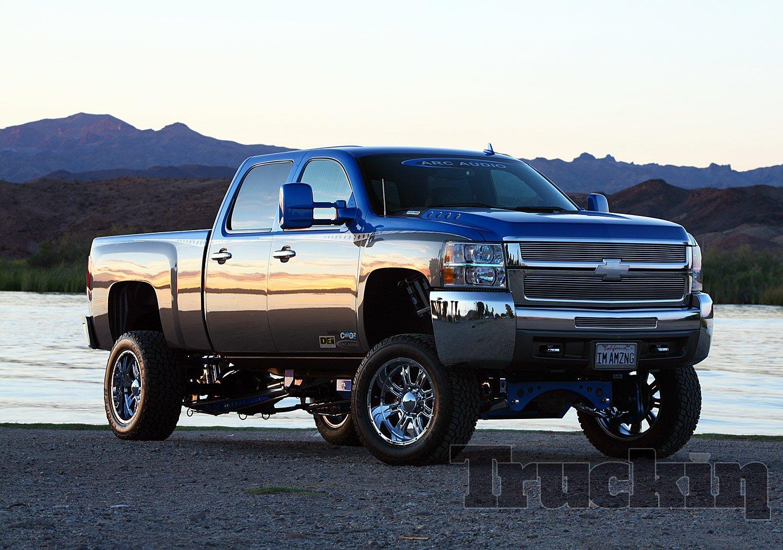 2008 Chevy Silverado Lifted >> Lifted Chevy Truck Wallpaper - WallpaperSafari