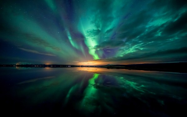 Aurora Borealis Wallpapers HD Wallpapers Early 600x375