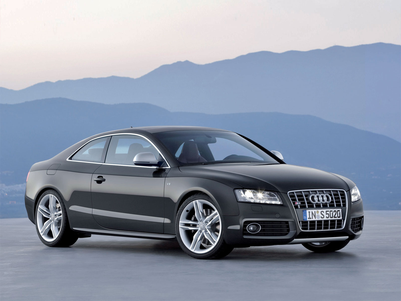 Audi S5 Wallpaper 5332 Hd Wallpapers in Cars   Imagescicom 1600x1200