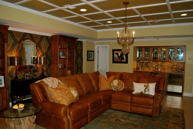 Wallpaper for family room wallpapersafari for All in the family living room