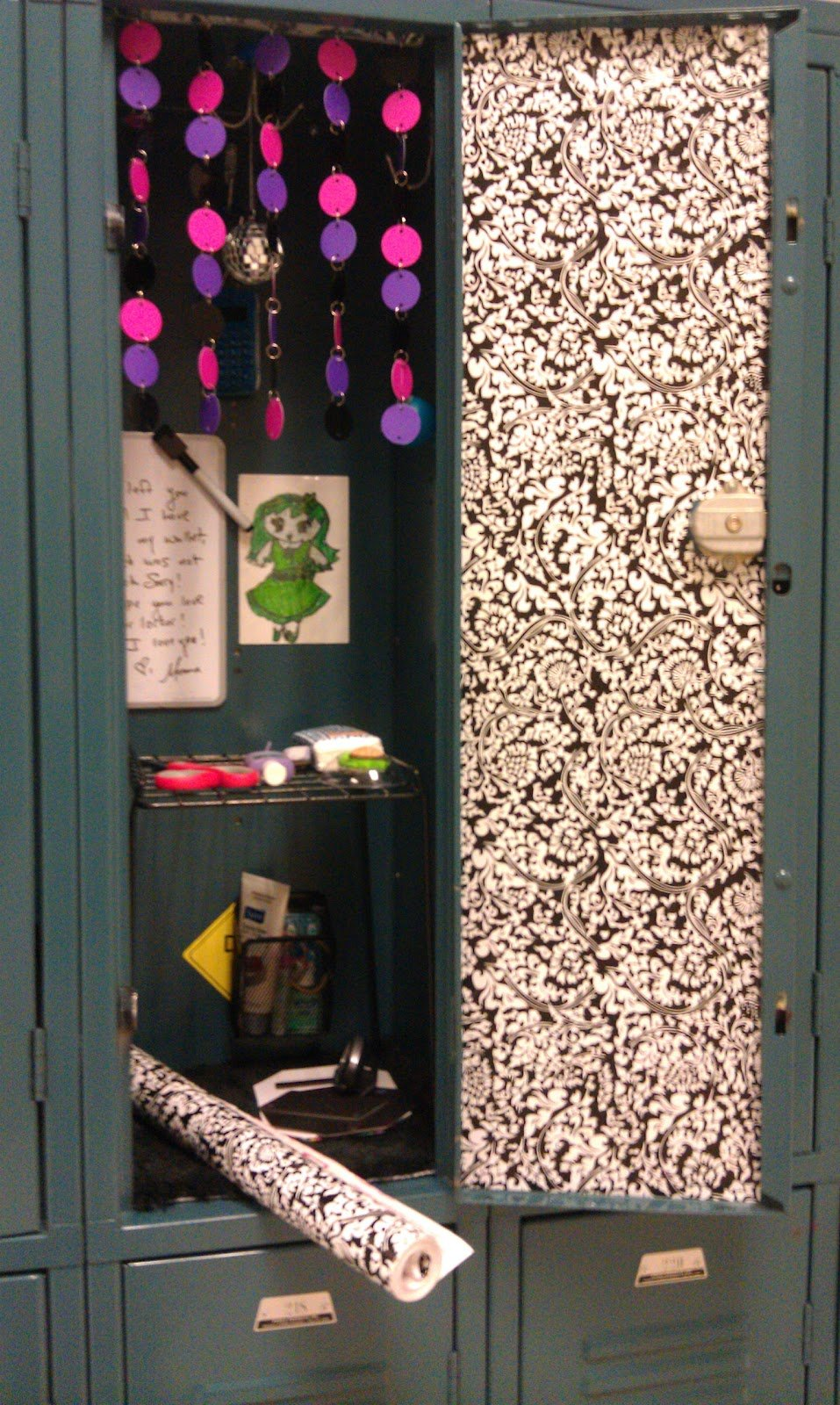 The reNOUNed Nest Locker Wallpaper On the Cheap 957x1600