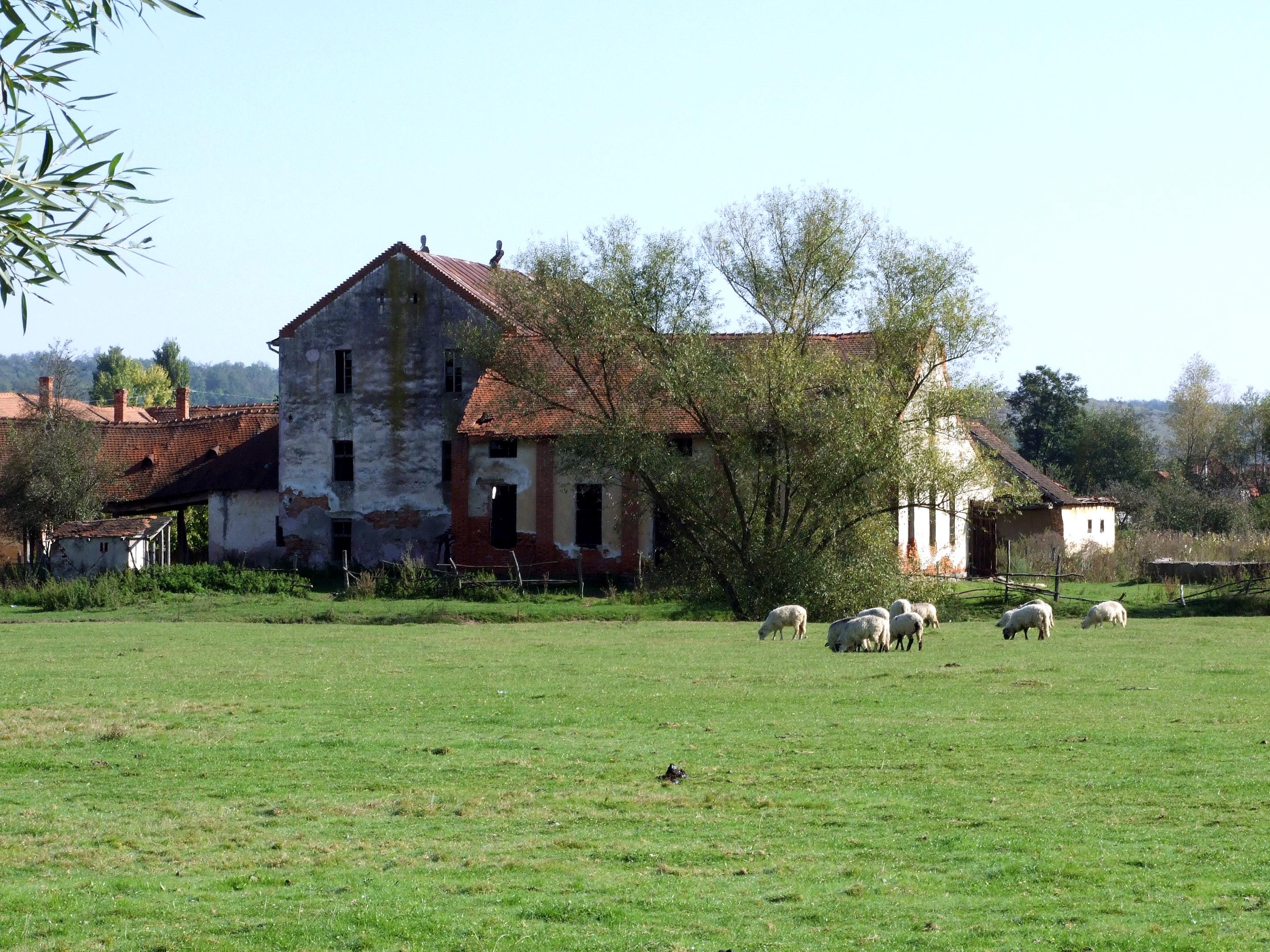 Old Farmhouse   Best Landscape Wallpapers 2848x2136