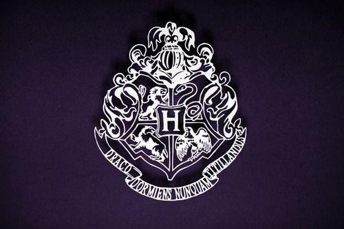 Hogwarts Crest   Hogwarts Professors Photo 24783959 500x332