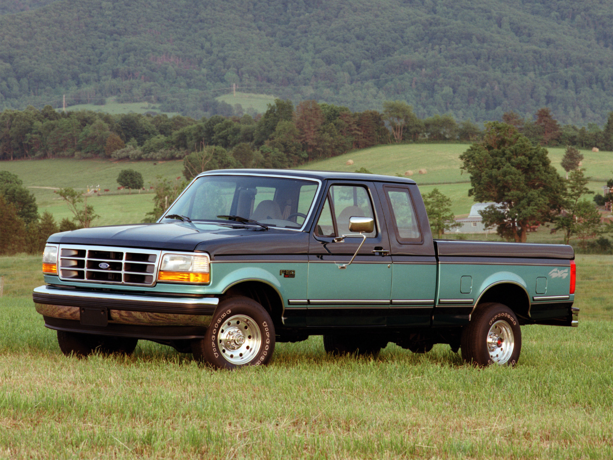 1992 Ford F 150 XLT 4x4 pickup wallpaper background 2048x1536