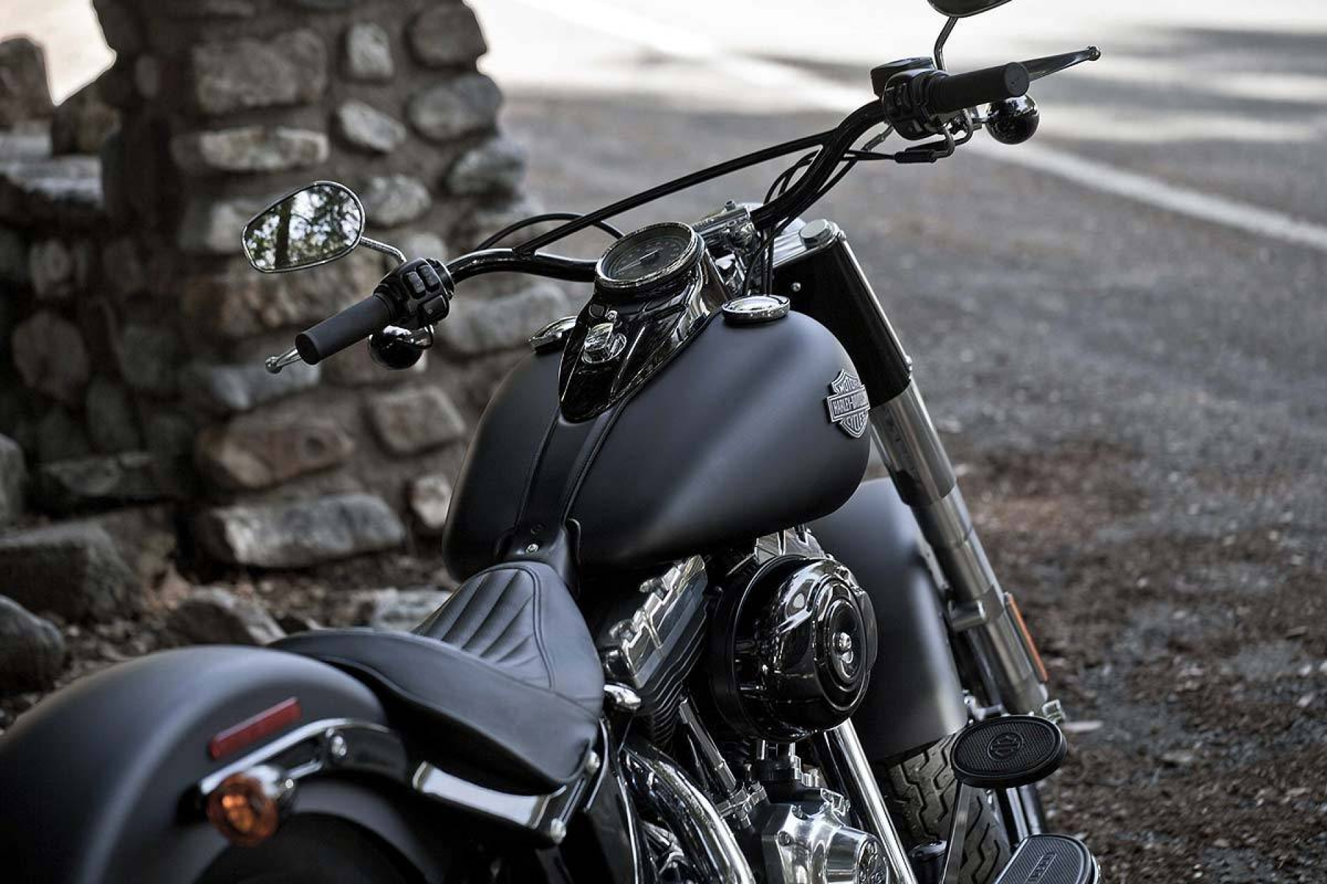 Black Motorcycle Harley Davidson Wallpaper Bes 10709 Wallpaper High 1920x1280