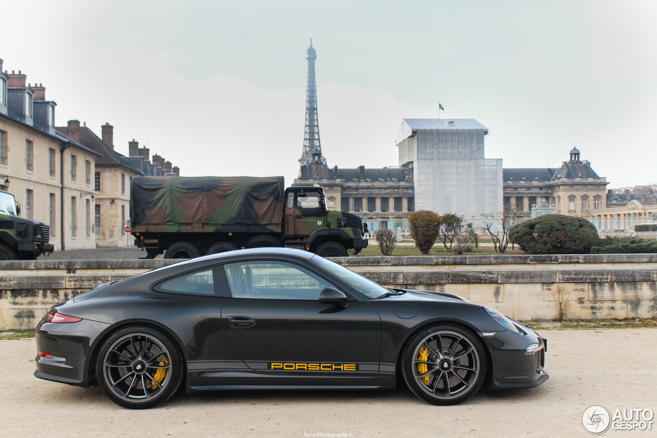 Porsche 911 R   11 december 2016   Autogespot 1280x853