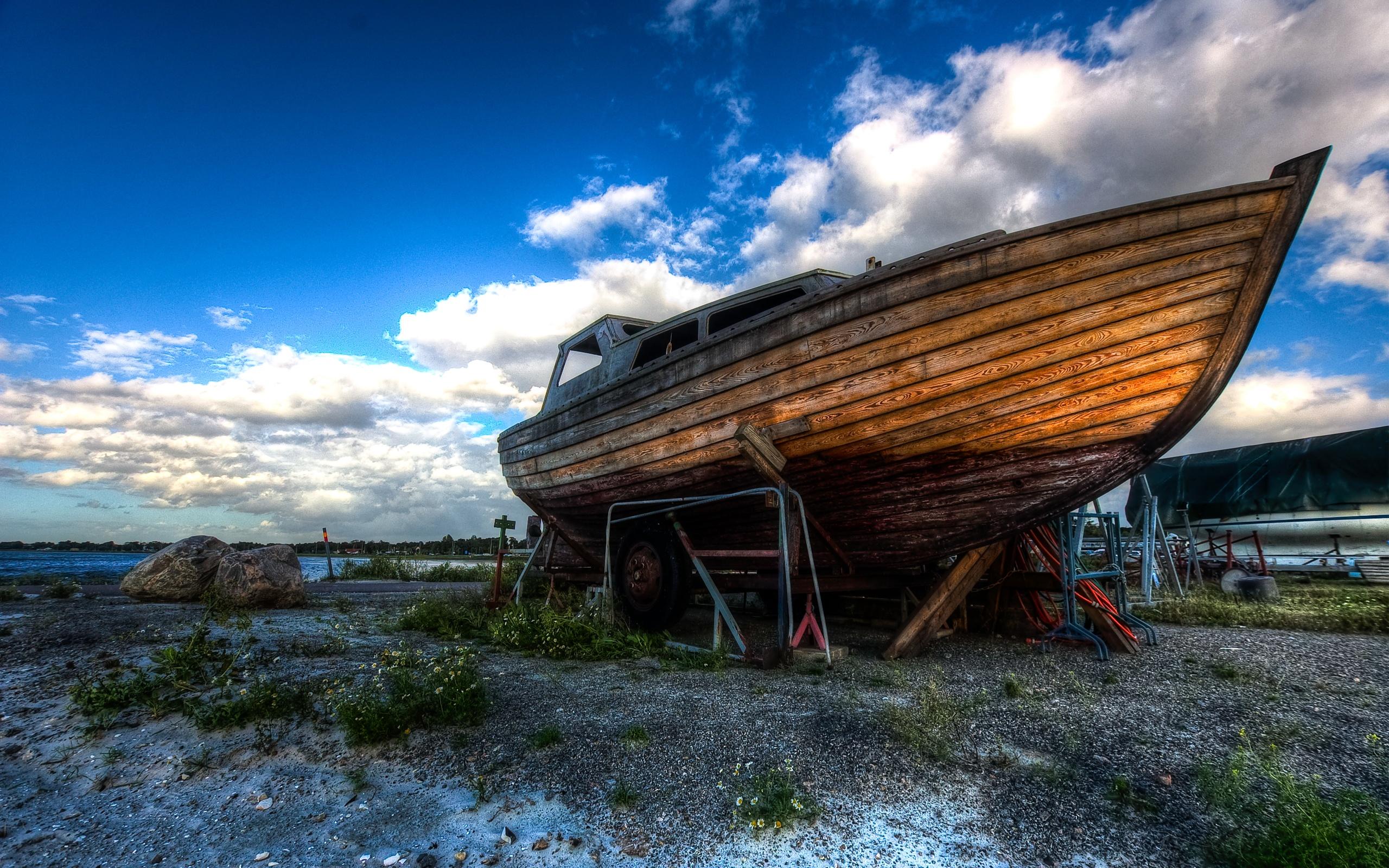 HD Boat Wallpaper 2560x1600