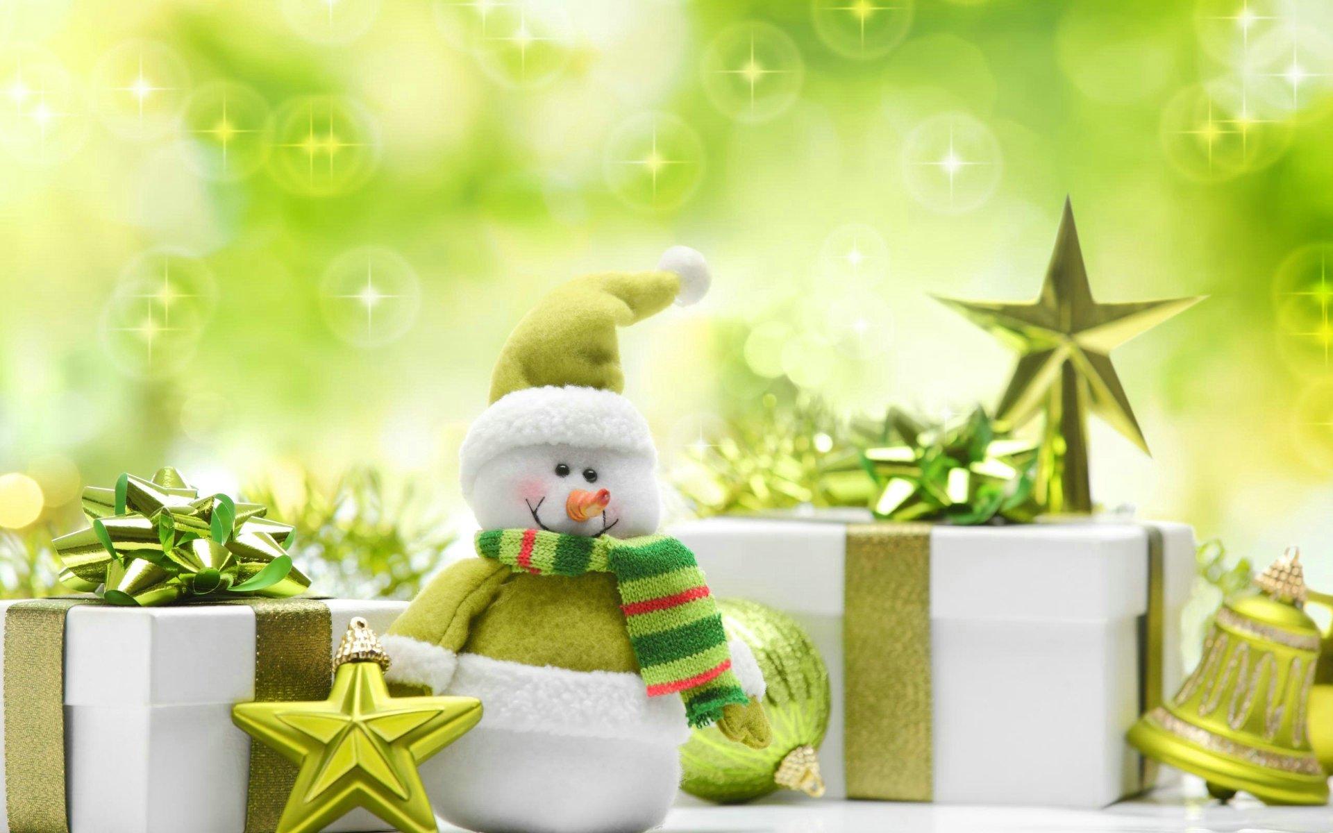 Green Christmas Presents   Wallpaper High Definition High Quality 1920x1200