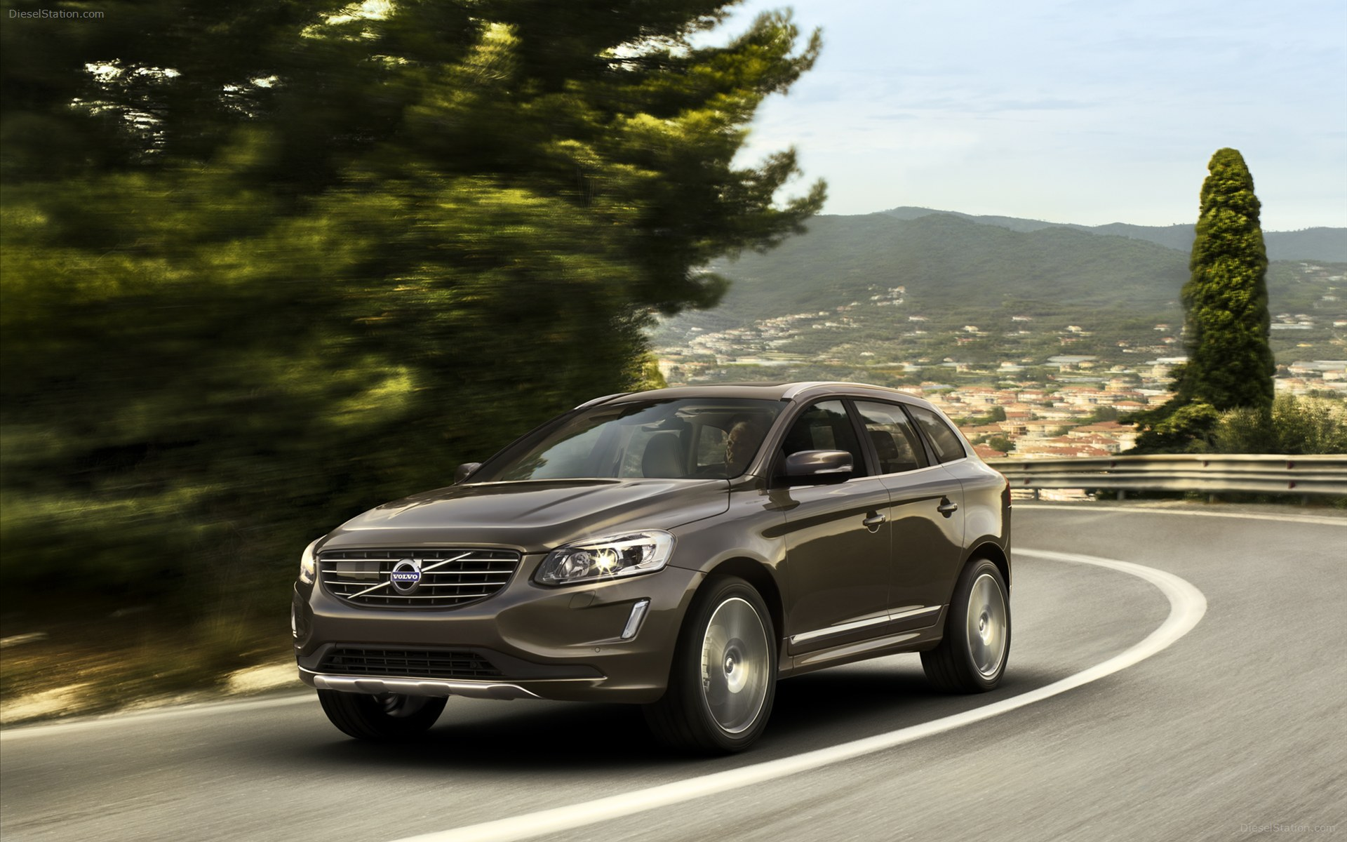 Beautiful car Volvo xc60 wallpapers and images   wallpapers pictures 1920x1200