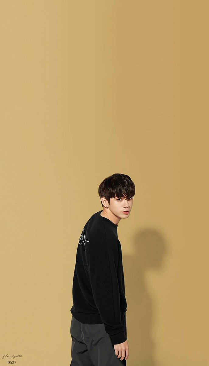 ong seongwu pics on Twitter Lets talk about wallpapers 687x1200