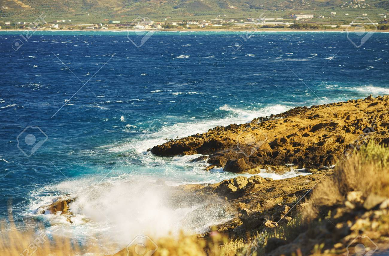 Vacation Travel Wallpaper Beautiful Seascape With Blue Sea Waves 1300x858