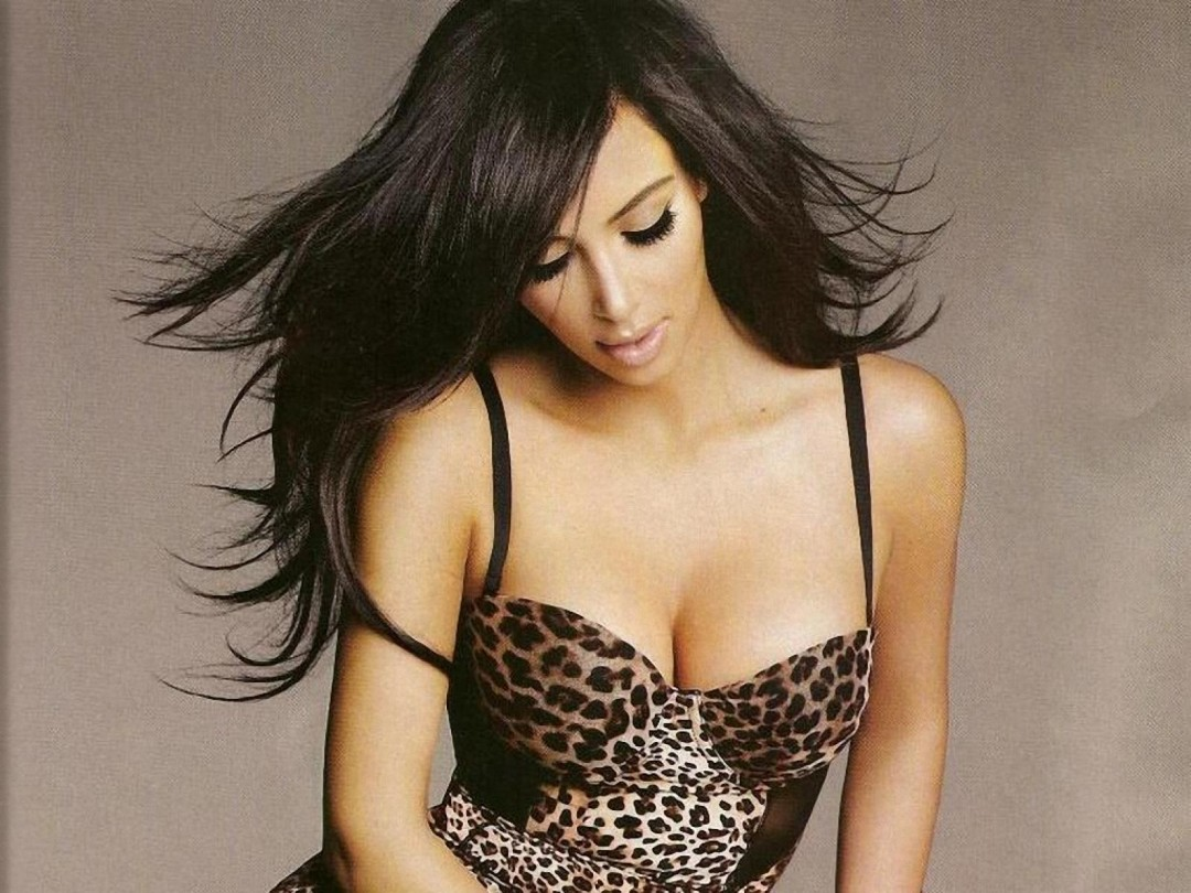 Kim Kardashian 2013 Photoshoot HD Wallpaper of Celebrities 1080x810