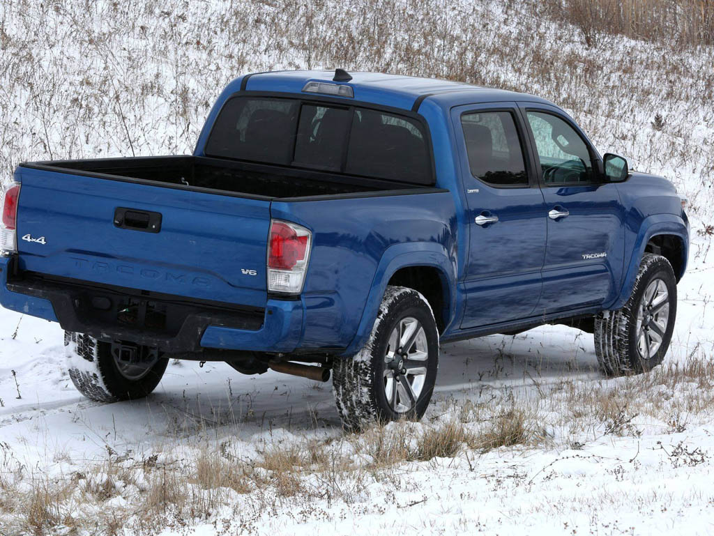 2016 Toyota Tacoma HD Wallpaper 1024x769