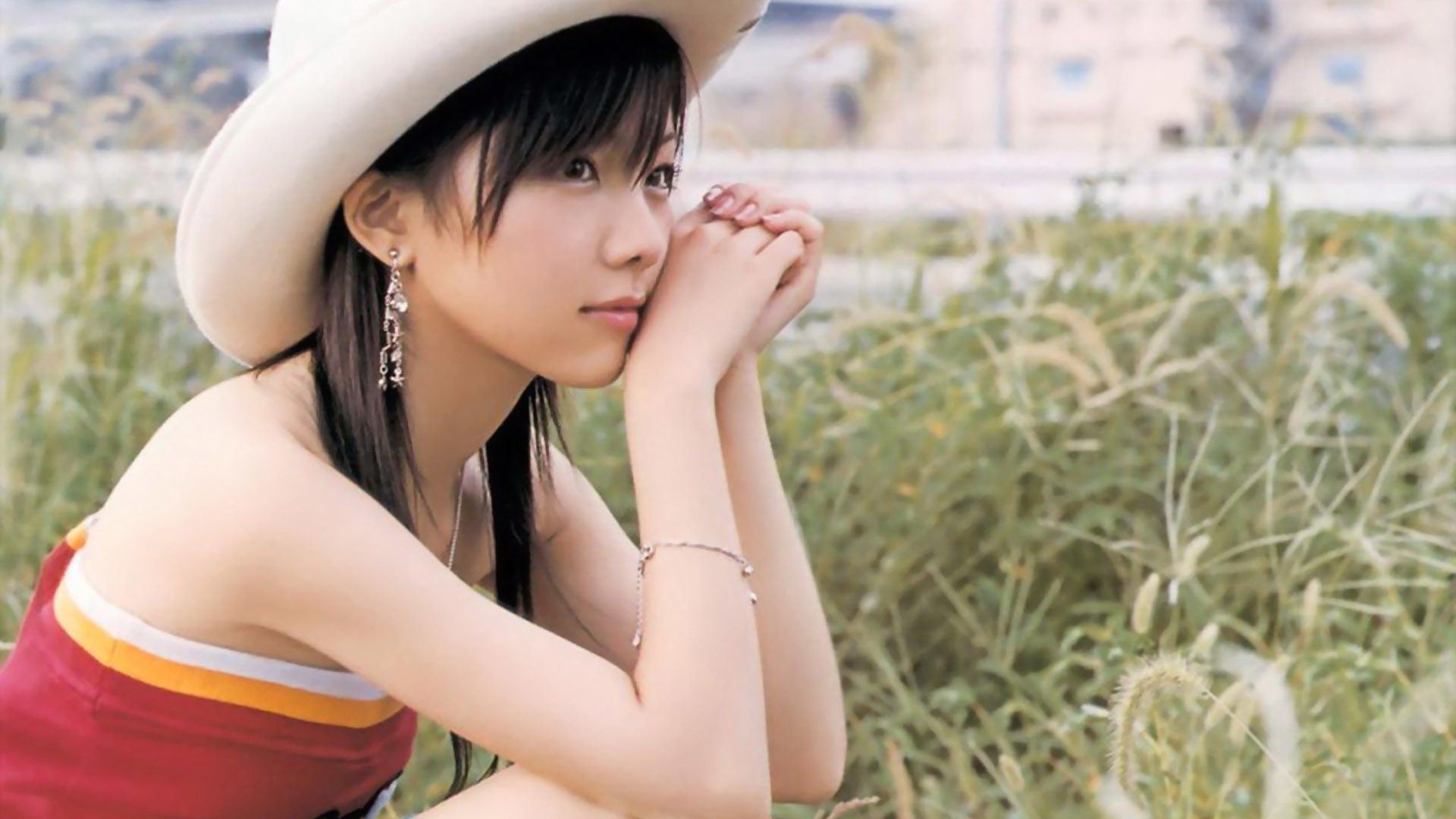 fields single asian girls Anyone who wants to have an exotic love life needs to know how to meet single asian girls asian women are some of the most beautiful women in the world, and courting them is unlike any other dating experience.