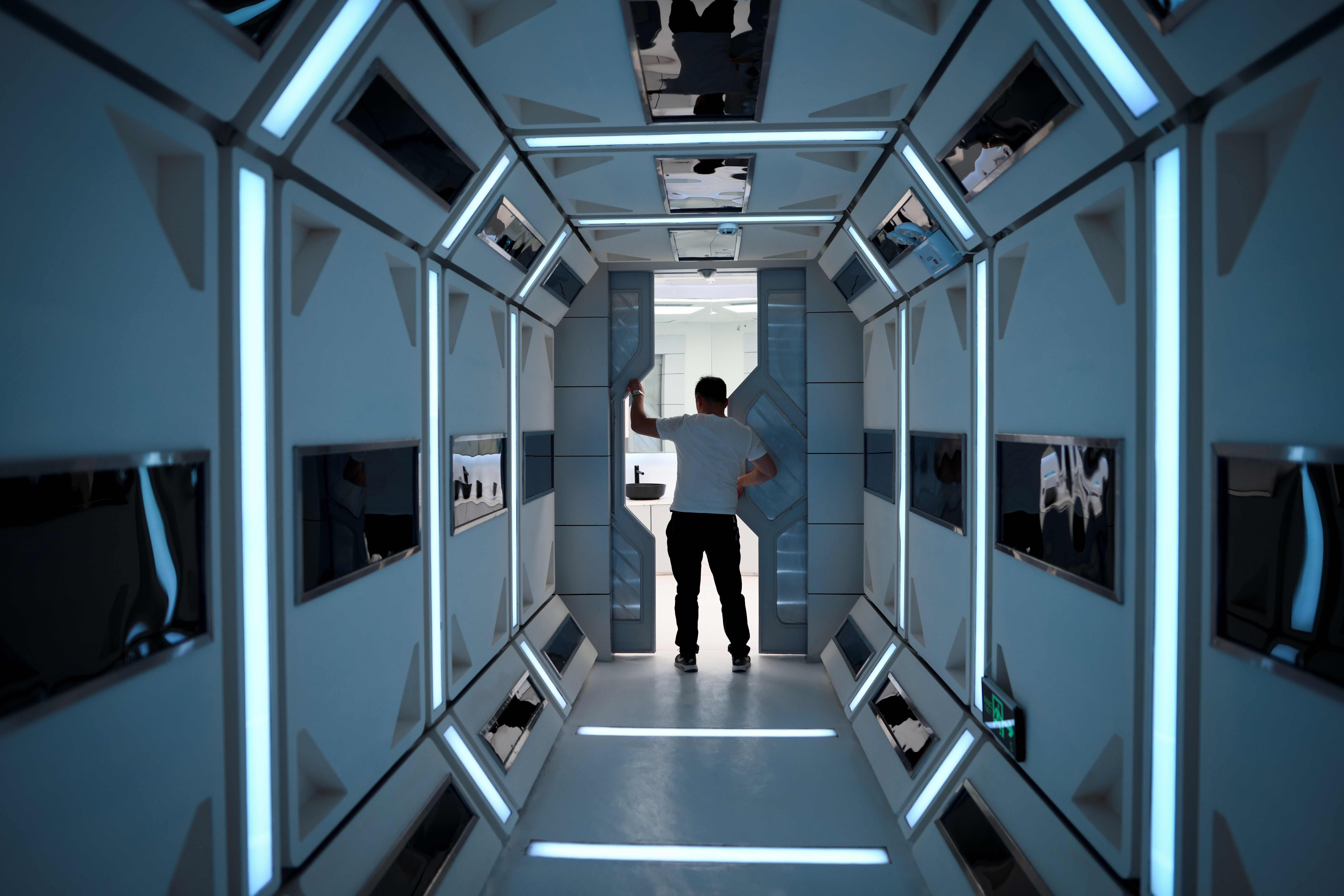 Chinas fake Mars base camp lets visitors explore Star Wars style 7937x5291