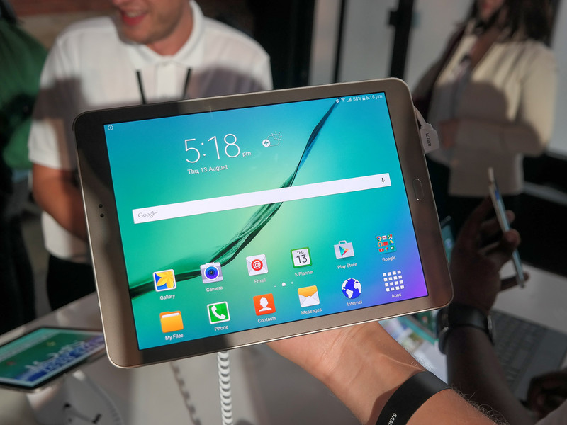 First look Samsungs new high end tablets the Galaxy Tab S2 series 800x600
