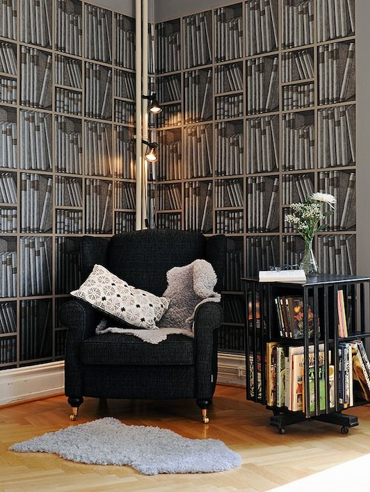 with books Cole Son Fornasetti Bookshelf Wallpaper 1 532x708