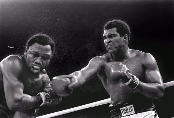 Muhammad Ali Joe Frazier boxing gloves boxer desktop wallpaper 590x400