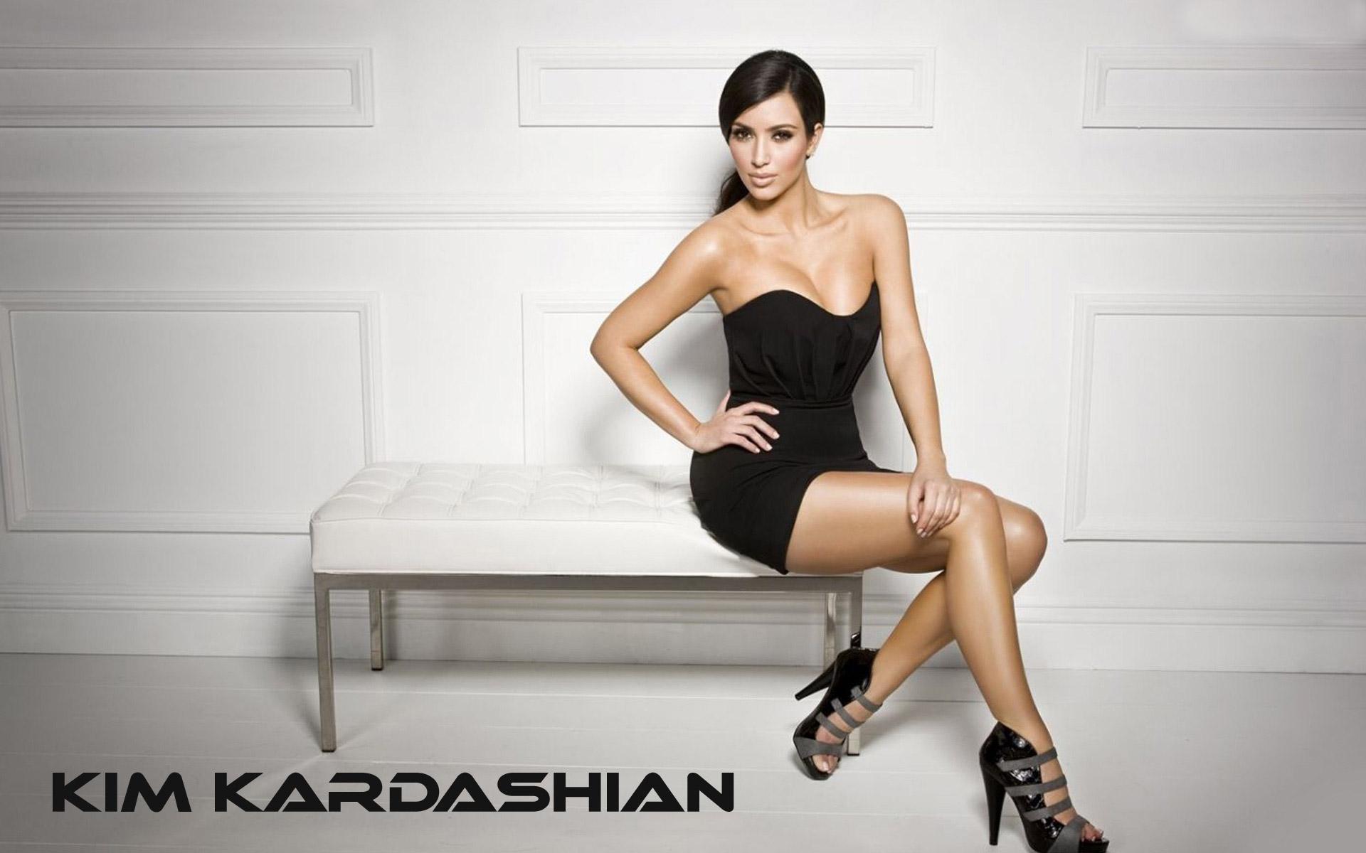 Kim Kardashian Hot HD Wallpapers 11 1920x1200