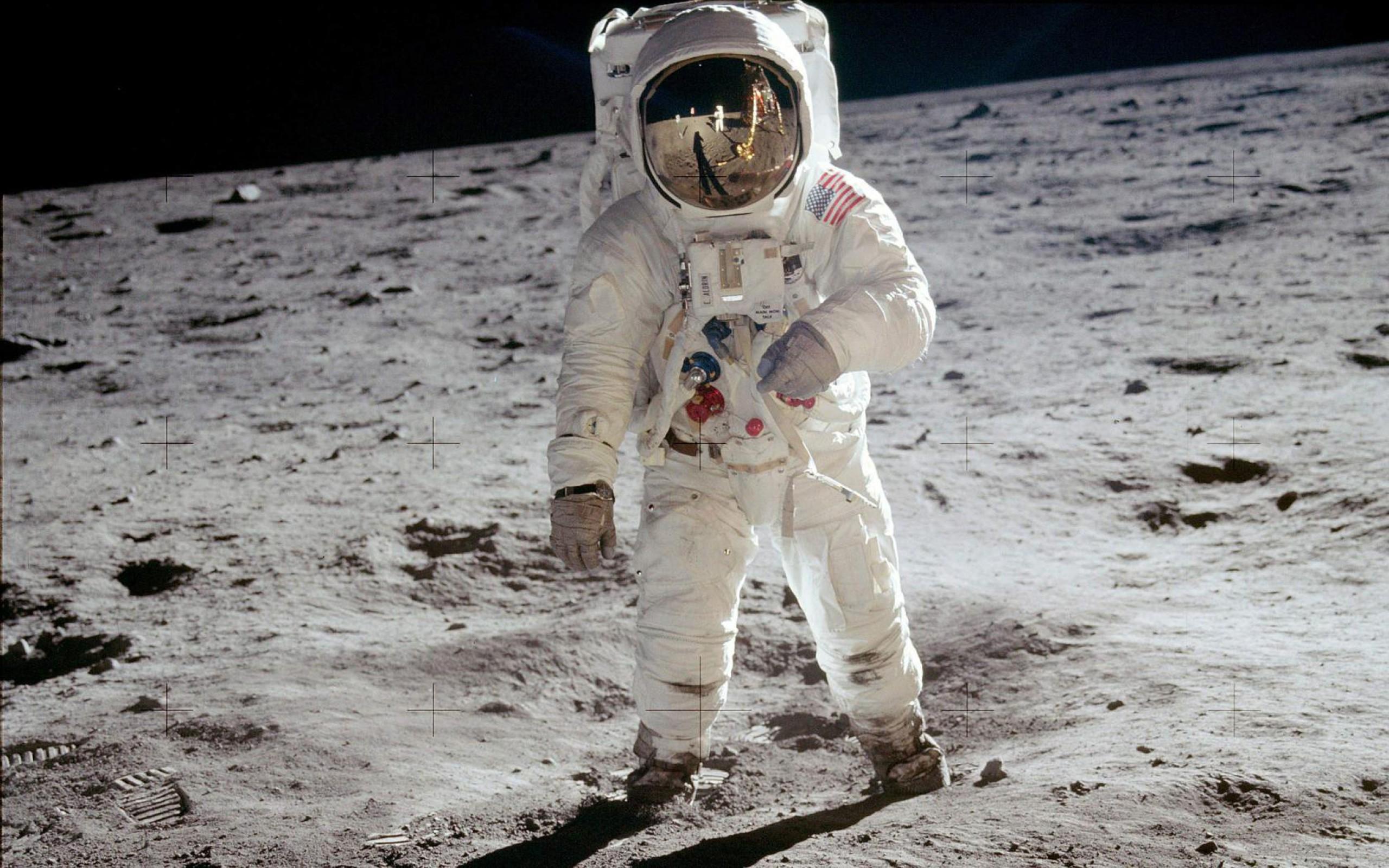 Astronaut moon wallpaper 2560x1600 34377 2560x1600