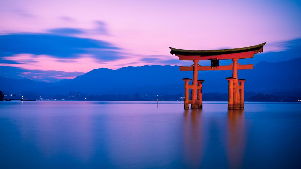 Tori Gate Miyajima Japan 113 Wallpapers 1024x576